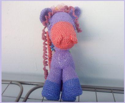 Вязание из пакетов фото: сиреневый пони