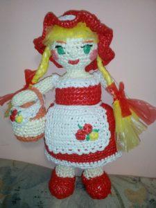 Вязание крючком из целлофановых пакетов: Красная Шапочка для Ксюши