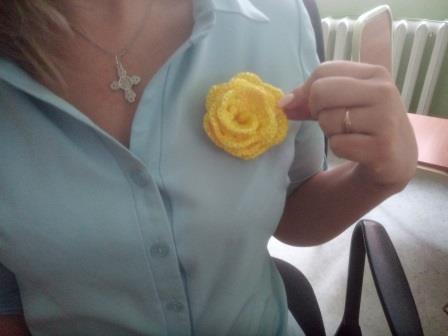 Как связать розу крючком